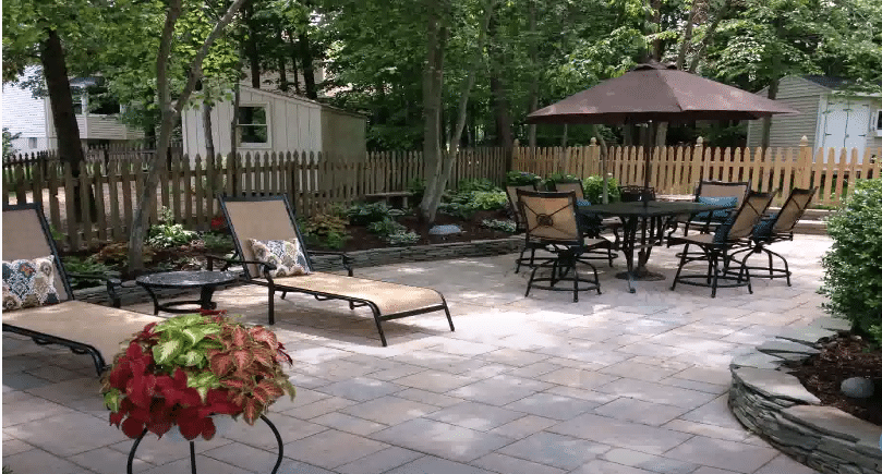 installing patio concrete company